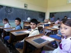 Grade 3 students visit Lochiel Schoolhouse.