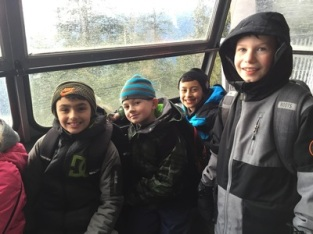 Grade 4/5 snowshoeing at Grouse Mountain